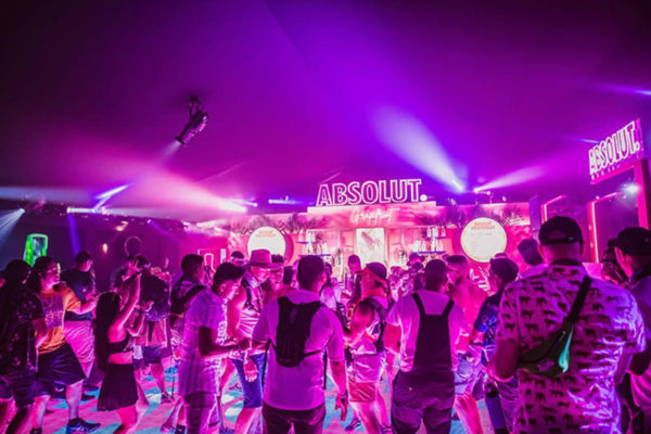absolut experience at coachella people dancing in a club